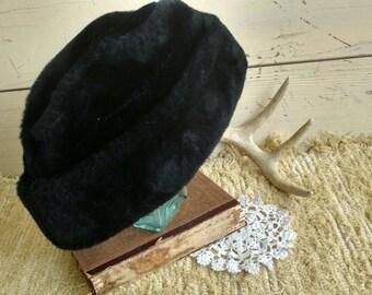 Mid Century Black Unisex Winter Hat With Ear Flaps, Vintage Black Faux Fur Hat, Old Man Winter, Ear Warming Head Wear, Cold Winter-Warm Hat