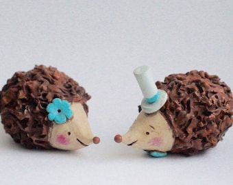 Hedgehogs in Love wedding cake topper