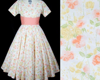 1950s Dress // Peach Rose Floral Cotton Full Skirt Dress