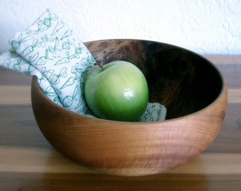 "10% OFF - Vintage Myrtlewood 9"" Bowl"