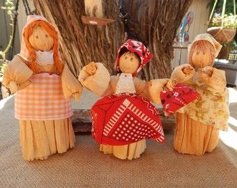 Corn Husk Dolls  ~  Vintage Corn Husk Dolls  ~  Corn Husk Dolls Set of 3  ~  Primitive Corn Husk Dolls  ~  Primitive Decor Corn Husk Dolls