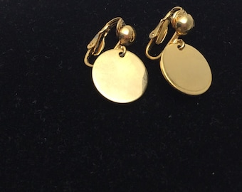 Vintage Clip On Earrings, solid gold  Tone, Clearance  SALE, Item No. B679