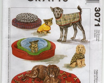 Dog Coat Pet Bed And Cover Craft Sewing Pattern 2000 McCall's 3071 Pet Accessories
