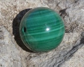Special malachite 16mm round  DB093