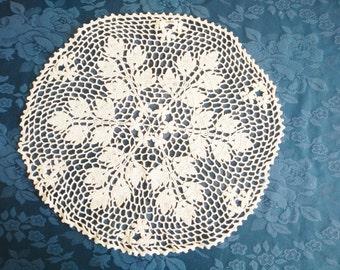 round handmade crocheted off white  vintage doily, knitted lace doily, lace doily, table top, vintage knitting