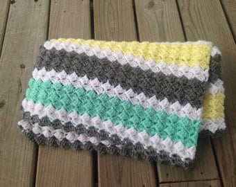 Crochet baby blanket, grey, mint green, light yellow, white, baby shower, gender neutral