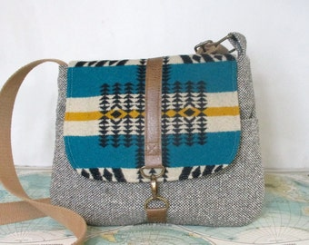 Scorpio -- Crossbody messenger bag // Tribal wool print // Adjustable strap // Southwestern // Fall purse // Tweed // Teal // Ready to ship