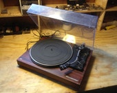 Vintage MCS Technics Semi Automatic Turntable with Shure cartrdidge and brand new stylus, new belt,, awesome
