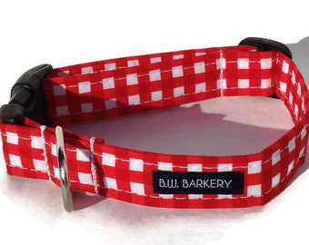 Dog collar in Red and White Gingham Check for Small to Large Dogs