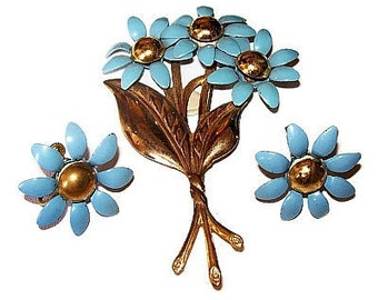 Art Deco Brooch Earring Set Blue Enamel Flowers Gold Beads C Clasp Screw On Backs Vintage