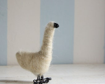 Wired goose with wool