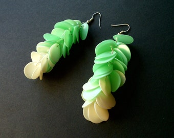 Upcycled jewelry pastel earrings made of recycled plastic mint earrings eco jewelry long green earrings recycled jewelry ombre earrings