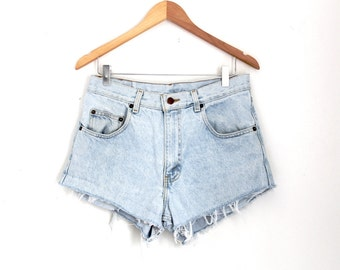 "Waist 32"" High Waisted Vintage Denim Shorts"