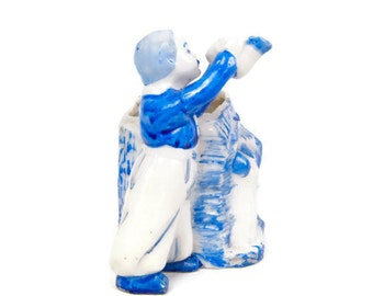 Vintage Dutch Boy At Well Planter Made in Japan Blue and White Porcelain Vase Hand Painted figurine