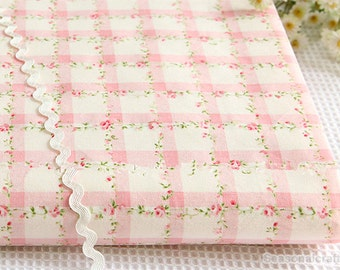 Flower Shabby Chic Cotton Fabric Cloth, Light Pink Rose Floral Plaid Cotton - 1/2 yard (QT870)