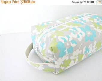 BACK 2 SCHOOL SALE Cosmetic Bag - Makeup Bag - Lined Make up Bag - Cosmetic Pouch - Waterproof Bag - Lunch Bag - Wet Bag - Diaper Bag