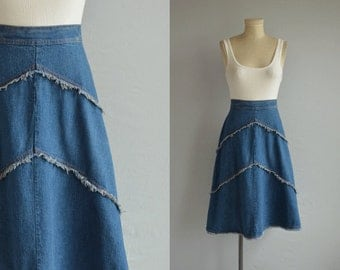 Vintage 70s Denim Skirt / 1970s High Waist Chevron Fringe Jean Aline Skirt