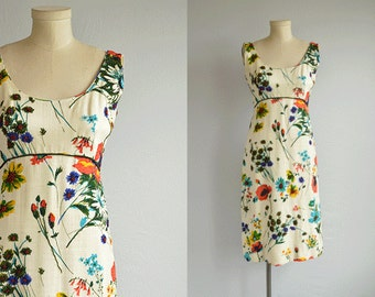Vintage 1960s Beaded Dress / 60s Floral Print Linen Beaded Sheath Dress