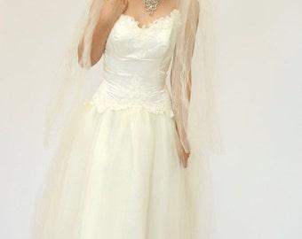 25%OFF SALE Vintage Wedding Dress, Cream Beaded Wedding Dress, Cupcake Wedding Dress, Midi Length Wedding Dress