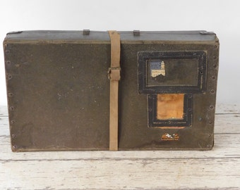 1920s FIBERCO LAUNDRIPAK College Student Laundry Mailer Suitcase