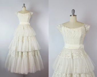 vintage 50s wedding dress / 1950s creamy white lace and tulle wedding dress / WILL STEINMAN Original dress / white lace ball gown