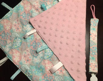 Pastel Paisley Lovey Set