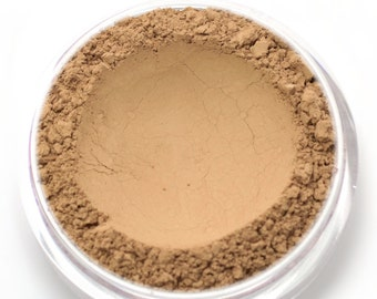 "Mineral Wonder Powder Foundation - ""Nutmeg"" - medium shade with a neutral undertone - vegan makeup"