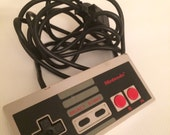 Vintage Nintendo NES Original Controller 1985