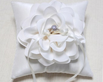 Wedding ring pillow - ring bearer pillow, ivory ring pillow, bridal ring pillow, wedding ceremony ring pillow, ring cushion