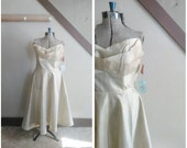 Gossamer Winged 1950s Sheer Silk Strapless Gold/Champagne Party Dress with Winged Bodice Detail & Matching Jacket, NOS