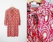 Vintage womens 1970s Retro Print Paisley Dress Prairie / Red / Pink
