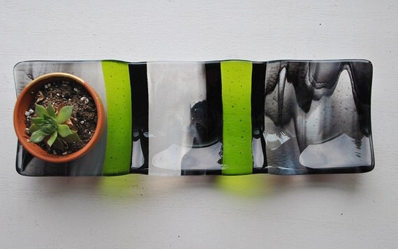 3-part sectional dish: 4x12 black, white and grey swirl transparent glass with green stripes