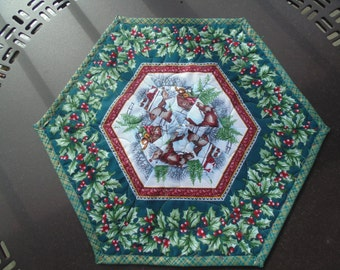 Reversible Holiday/Winter Holly and Sleigh Table Topper