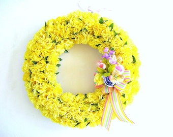 Yellow carnation wreath, Spring floral wreath, Spring door decoration, Home decor, All occasion wreath, Spring celebration decor (GN131)