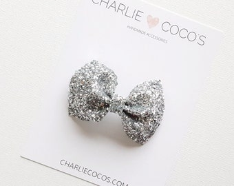 "Baby/Girls Glitter Hair Bow-Silver Glitter Bow Headband or Hair Clip ""Sleigh Bells"" by charliecocos"