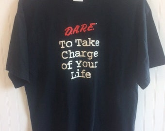 D.A.R.E. t shirt size M   excellent condition