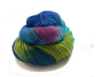 Yarn - Hand painted Sock yarn Merino - Sock Yarn Fingering -   blue, turquoise, green, lilac - knitting shawl - hand dyed yarn - OOAK