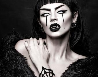 Black Widow Cuff in Black