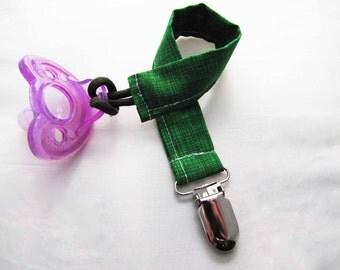 Pacifier Clip - Emerald Crosshatch