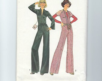 UNCUT Vintage Sewing Pattern Simplicity 7423 for Jumpsuit and Ribbon Bag, Sz 10, 1970s