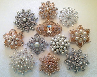 25 pcs Assortment Large Vintage Style Pearl Crystal Silver Gold Rhinestones Brooch Bouquet Brooches