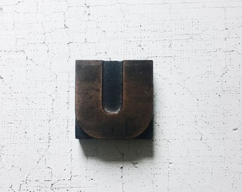 letterpress letter u. letterpress. collectibles. office decor. vintage home decor. desk accessory.  wood block. letter u. refugeca2015