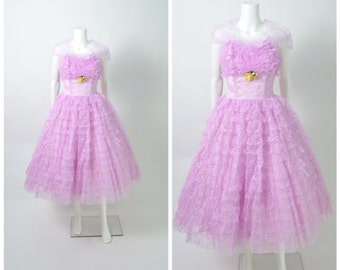 Vintage 1950s 50s Prom Dress with Tiered Lace Full Skirt