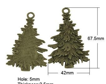 2pc 67.5x42mm antique bronze finish christmas tree pendants-2919i