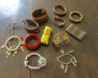 Vintage lot of various Bracelets