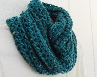 Crochet Cowl Chunky Chain Design Teal Green Tweed Warm Acrylic Infinity Scarf