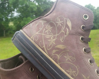 Rare Vintage Chuck Taylor All Star Converse Brown Suede / Gold Floral Adult Hi-Top Boots, UK 7.5 / Euro 41 /US -Vintage French Favourites!
