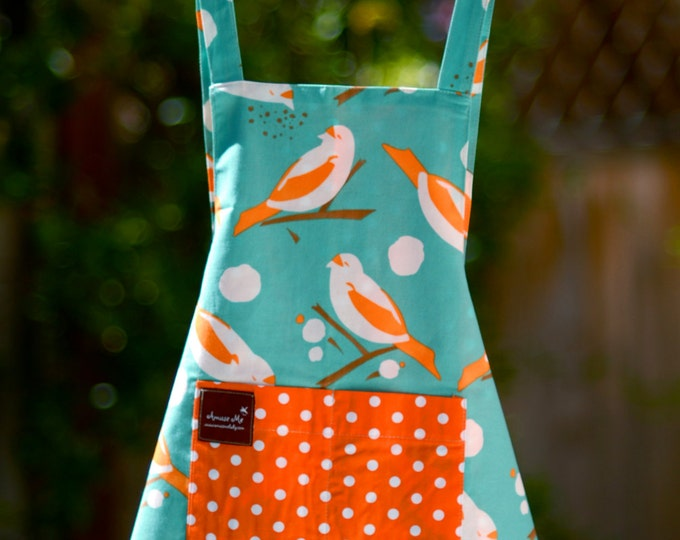 Apron with Pockets- Bird Apron - Organic Cotton Apron - Reversible Kids Apron - Childrens Apron- Matching Smock- Kitchen Prop