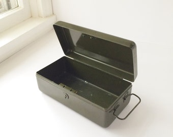 Vintage Army Green Metal Box With Side Handle, Metal Storage Box Industrial Decor Man Cave Remote Control Tool Storage