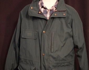 SALE Eddie Bauer Vintage coat hunter Green  , SIZE XL, lined with wool  field coat, zipper and snap closure, draw waist, several pockets